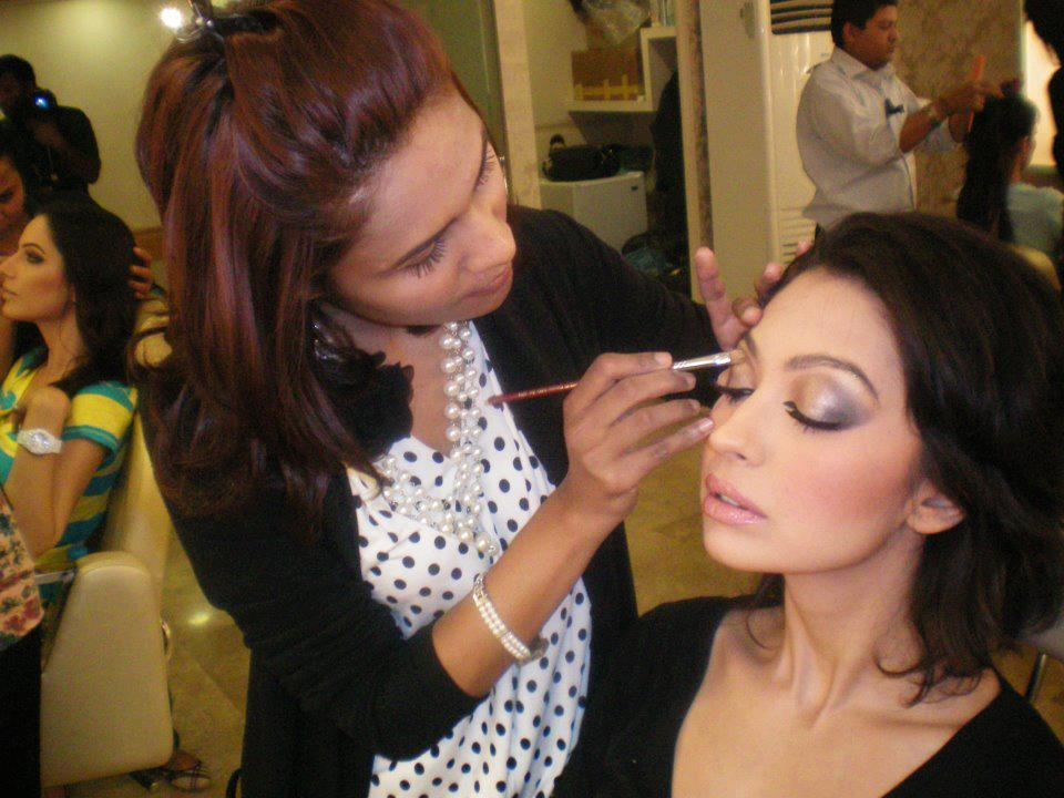 Makeup Artist best degrees to have